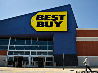 Best Buy, Gamestop Shares Biggest Losers After Earnings