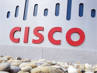 Cisco Tanks as Sales Miss Estimates on Weak IT Spending (Update 2)