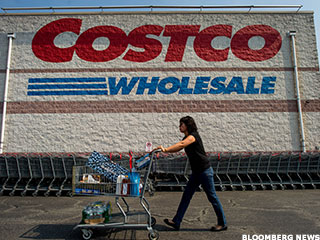 Greenberg: Is Costco Vulnerable to Online Avalanche?
