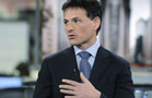 David Einhorn Trims Apple, Microsoft, Adds GM and Yahoo!