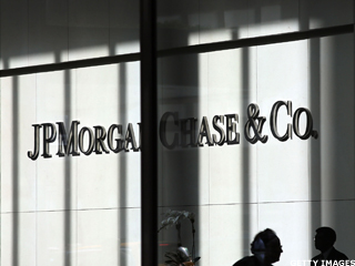 Analysts Give JPMorgan a Pass on Unknown Legal Expenses