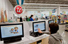 Walgreens Tumbles on Costly Global Deal (Update 1)