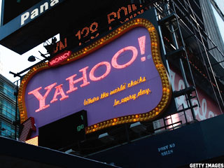 Yahoo to Probe CEO's Education Claims