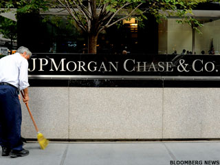 Ex-JPMorgan Traders Could Face 20 Years in Prison (Update 1)
