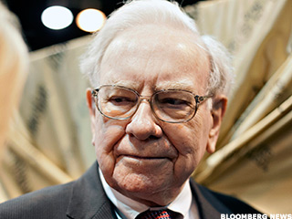 Warren Buffett's Latest Whopper of a Yield Deal