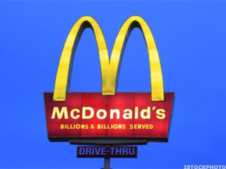 McDonald's Is Blowing it! Same-Store Sales May Never Improve!