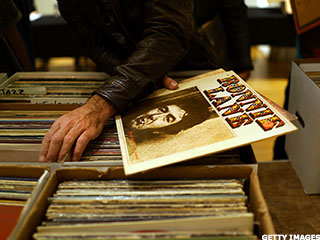 Vinyl Is Streaming Music's Flipside