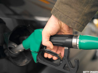 3 Myths About Fueling Up Your Car or Truck