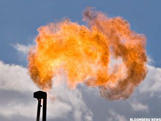 Natural Gas Falls on Production Outlook