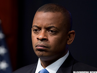 Ads in American Air's Charlotte Hub Are Aimed at Anthony Foxx