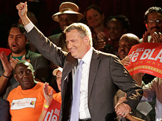 De Blasio Takes Oath of Office to Become 109th Mayor of New York