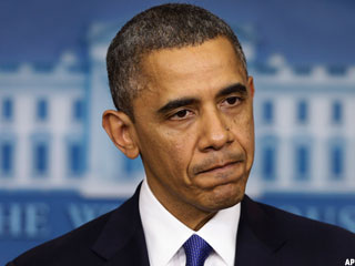 Stocks Drop for the Week as Obama Struggles to Make a Deal on 'Fiscal Cliff'