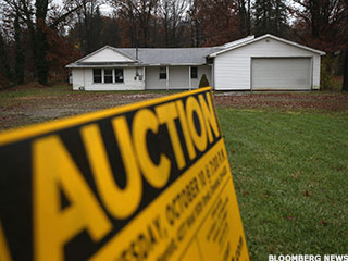 Foreclosure Auctions Tick Up on Higher Home Prices