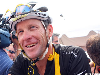Nike Backs Lance Armstrong Amid Doping Scandal