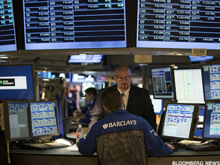 S&P Points Higher as Jobless Claims Drop