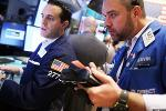 U.S. Stocks Retreat as Wariness Grows Amid Summer Slumber