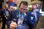 Market Hustle: Futures Edge Higher; Men's Wearhouse Ups Offer for Jos. A. Bank