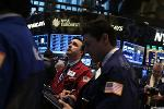 Stocks Rise on Optimism for Corporate Earnings