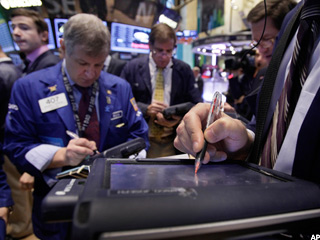 Stocks Bolstered by Consumer Confidence, Rising Housing Values