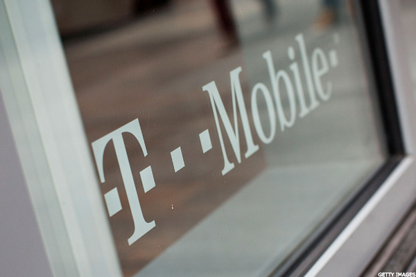 The Math on the T-Mobile/Apple iPhone 5 Monthly Plan