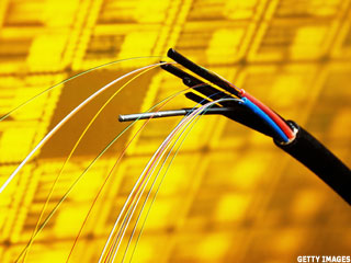 Analyst Has Eye on Optical Networkers