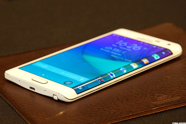 Samsung Galaxy Note Edge Review Is It The Best Android