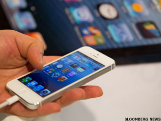 Apple iPhone 5 Takes Smartphone Crown From Samsung