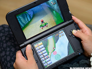 Nintendo Won't Turn to Smartphones for Help (Update 1)