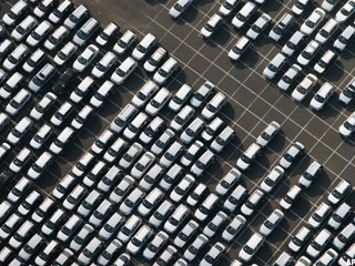 August Auto Sales Remain Strong