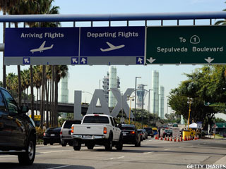 Los Angeles International Airport Returning to Normal After Shooting (Update 1)