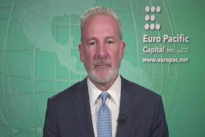 Peter Schiff Slams the Stock Market, Federal Reserve and Bitcoin