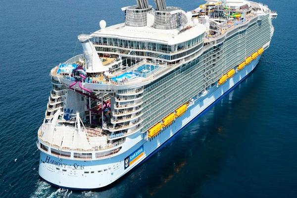 Royal Caribbean Shares Slip on Downgrade