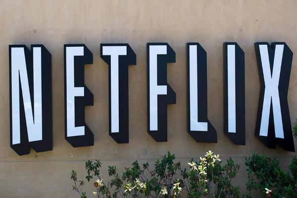 Jim Cramer: Keep an Eye on Netflix Signups