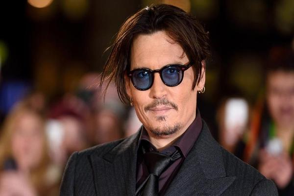 What Could You Buy With What Johnny Depp Spends in a Month