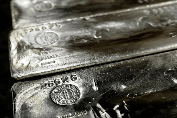 Junior Silver Miners Shine Amid Stock Market Shellacking