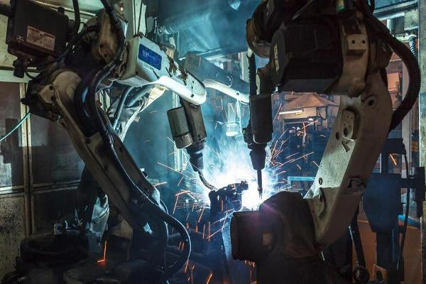 Bringing Manufacturing Back to the U.S. Is Creating Jobs...For Robots