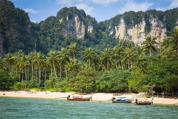 10 of the World's Best Beaches! TripAdvisor Reveals 2018 Winners