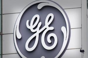 Watch: General Electric Shares Slump Amid Weakness in Power Division