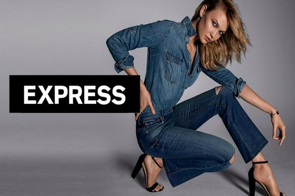 Express Shares Fall on Cut to Earnings Forecast