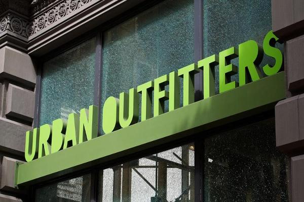 Urban Outfitters Climbs on Second-Quarter Earnings Beat