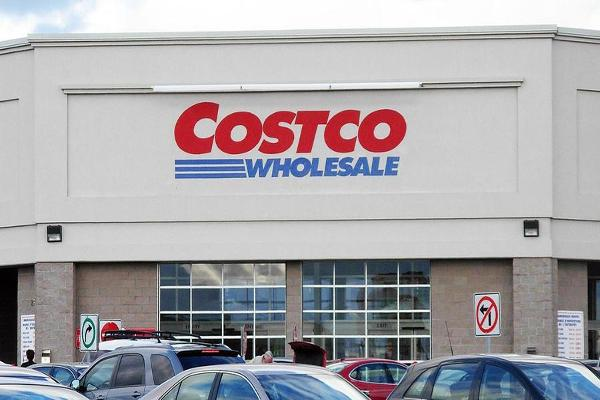 Costco's Sales Rise in December in a Lackluster Retail Environment