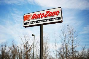 AutoZone Rises on Mixed First Quarter Earnings