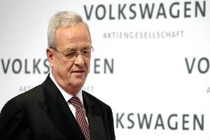 Volkswagen CEO Winterkorn Resigns Amid Emissions Test Scandal