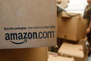 Futures Mixed, Amazon Ups Game