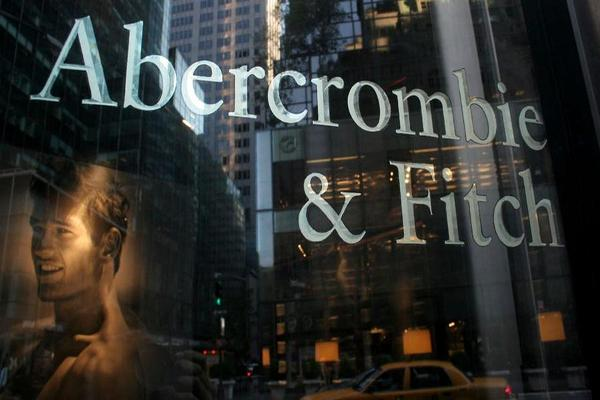 Closing Bell: Abercrombie Spikes on Deal Talks; S&P 500 at Records After Fed Signals Another Hike