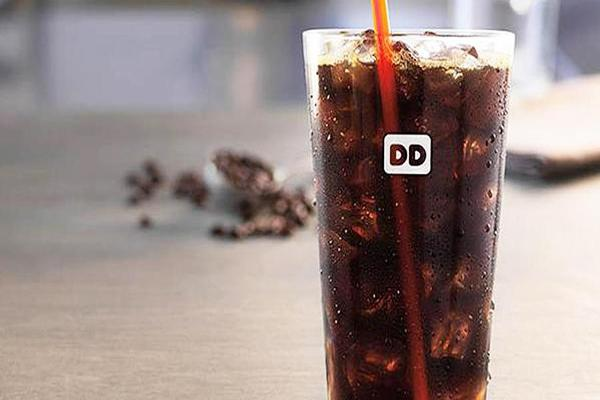 Battle: Dunkin' Donuts New Cold Brew Coffee Versus Starbucks