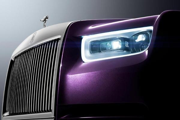 Rolls-Royce Phantom VIII Unveiled, CEO Says Customers Love Gold