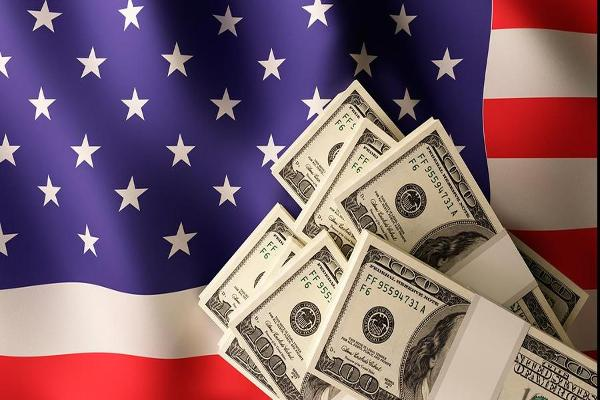 Closing Bell: U.S. Dollar Rises to 13-Year High; Dow Snaps Seven-Day Winning Streak