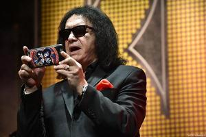 Kiss Legend Gene Simmons Loves the Stock Market, Sees Way More Than Dow 20,000