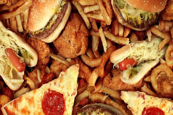 Can You Make It Through This Video Without Ordering a 2,000 Calorie Meal?